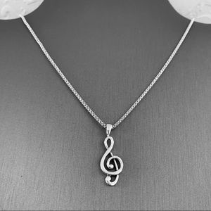 Jewelry - 🎼🎼NEW🎼🎼 Sterling Silver Clef Note Necklace